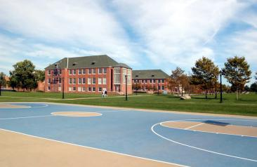 Outdoor campus view of basketball courts near building 3N