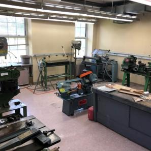 fabrication lab in department of Engineering and Environmental Science