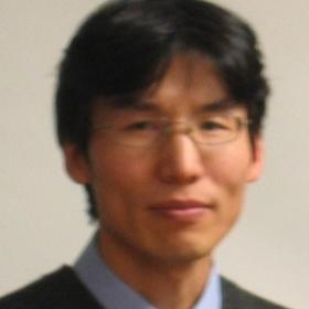 Photo of Xiaowen Zhang